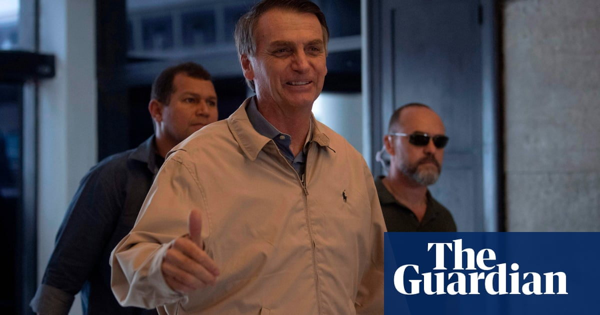 Bolsonaro business backers accused of illegal Whatsapp fake news campaign