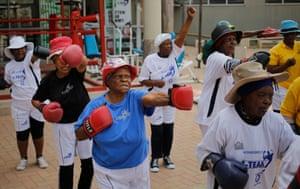 'boxing grannies'