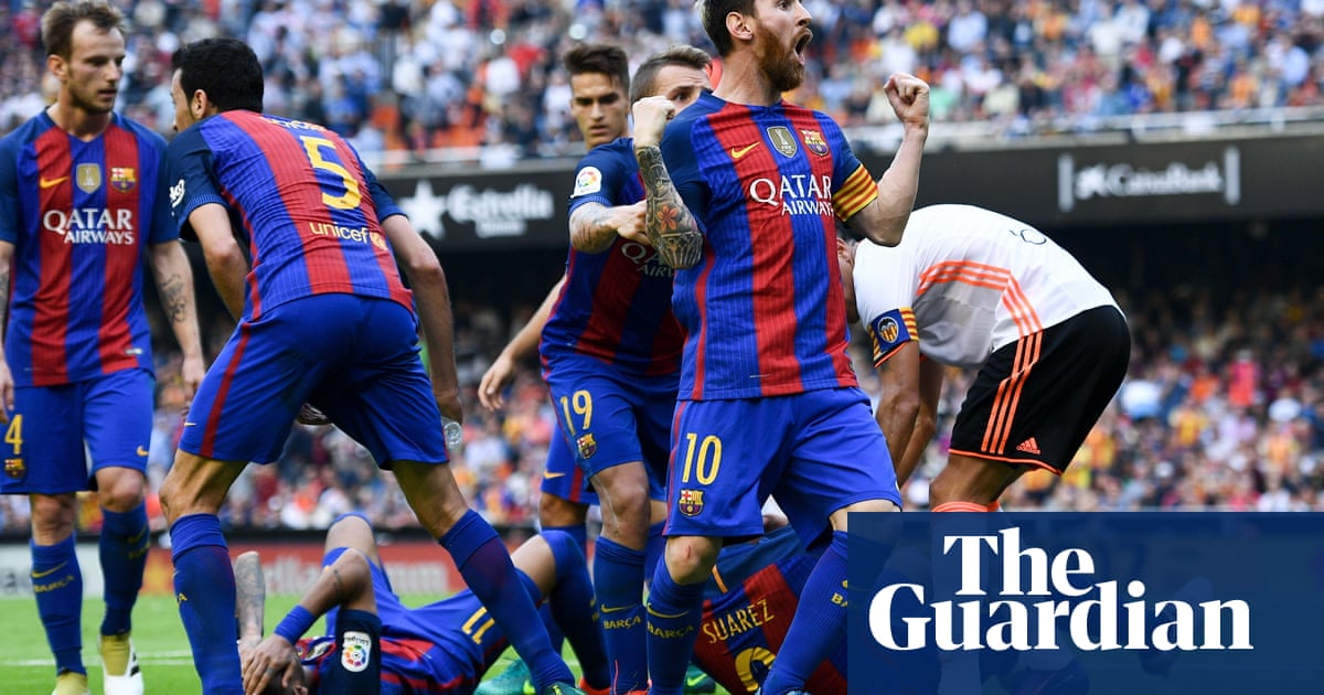 ac75c976e Fireworks at the Mestalla but Valencia thwarted by Barcelona at the last