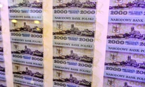 A sheet of 2,000 Polish zloty banknotes that were given the codename E-17.