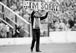 Graham Taylor says sorry to the Watford fans