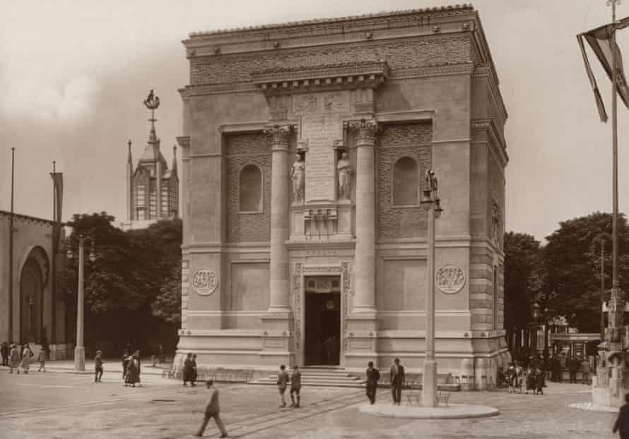 Italy at the International Exposition of Modern Industrial and Decorative Arts in Paris (France). In 1925.