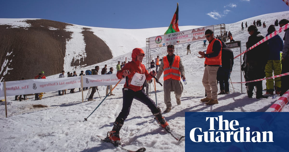 Freedom on the slopes - skiing for women in Afghanistan