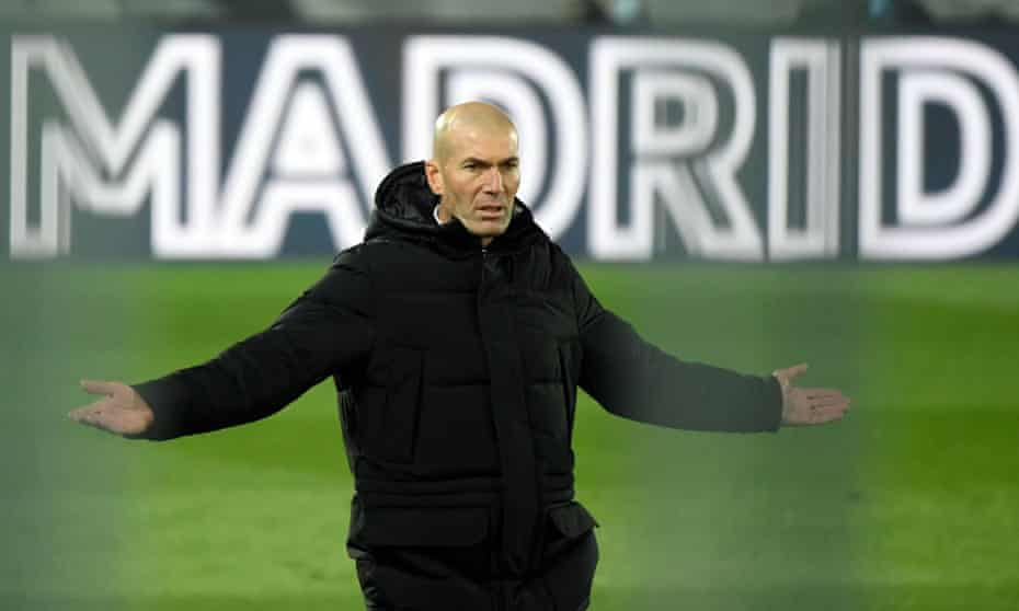 Real Madrid's Zinedine Zidane watches his side close the gap on leaders Atlético to six points
