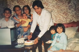 Saima Mir (fourth left) at her childhood home in 1989