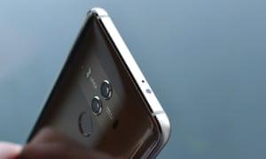Huawei Mate 10 Pro review - IR blaster