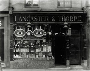 Lancaster & Thorpe Lancaster and Thorpe's shop front, Sadler Gate, Derby, date unknown