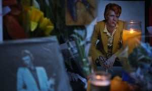 David Bowie memorial outside his NYC Apartment<br>