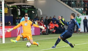Diego Benaglio blocks Cristiano Ronaldo's shot.