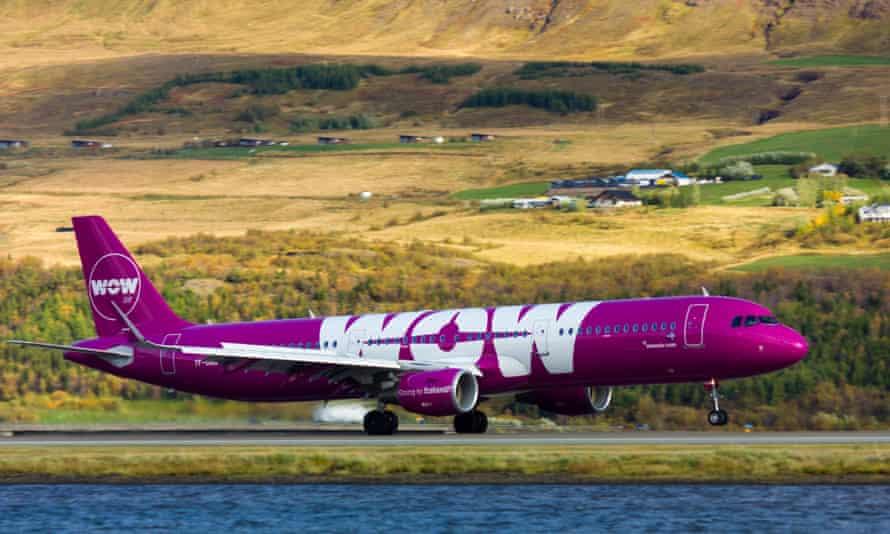 Airbus A321 plane with Wow Air logo