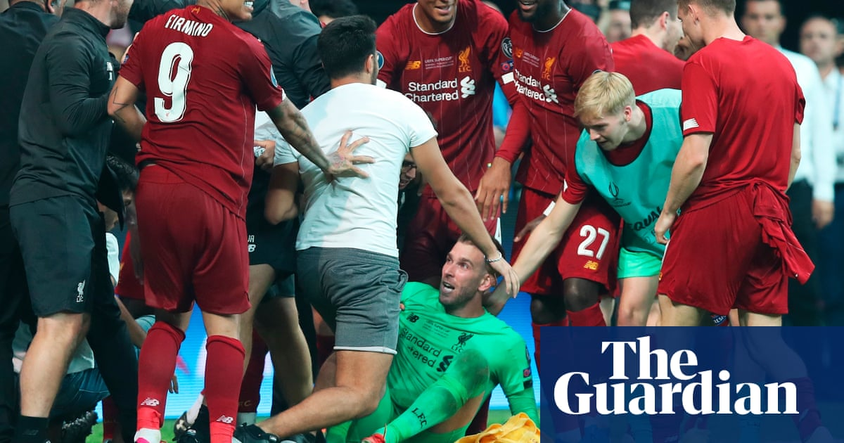 'It's crazy': Adrián a doubt for Liverpool after being injured by celebrating fan