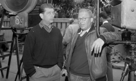 Károly Makk , right, on set with cameraman György Illés are the cameraman in the 1960s.