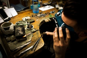 A ring being resized.