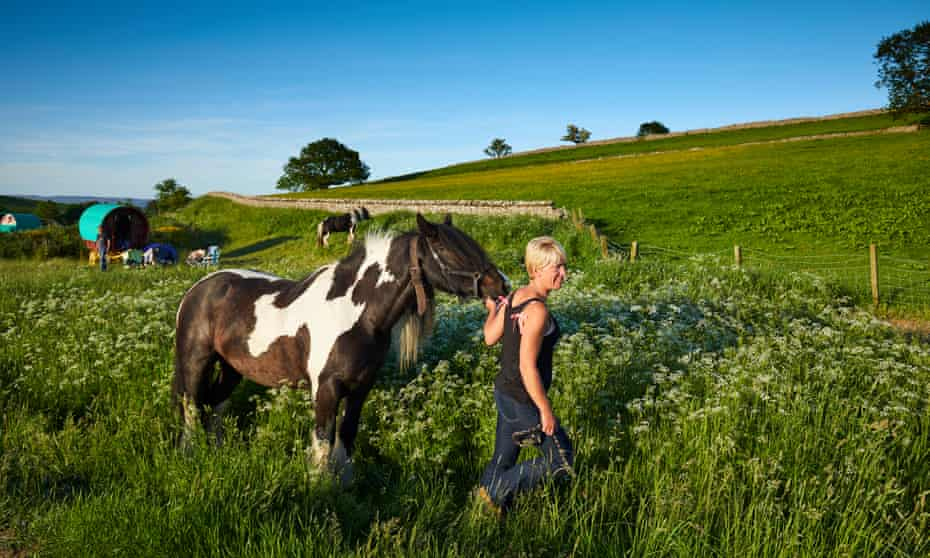 Lisa Wilkinson walking her horse Casper on the way to the Appleby Horse Fair