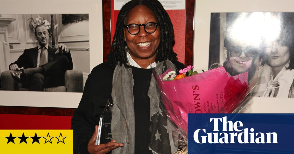Marketing Exhibition Stand Up Comedy : Whoopi goldberg review u2013 standup or glorified chat show? stage