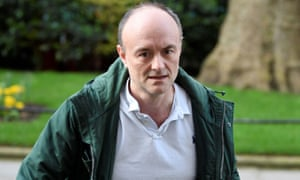 Dominic Cummings leaves Downing Street
