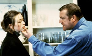 Lara Belmont and Ray Winstone in The War Zone