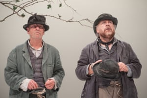 Bill Paterson and Brian Cox in Waiting for Godot