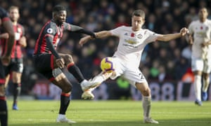 Ander Herrera added bite to a blunt Manchester United midfield when he was brought on.