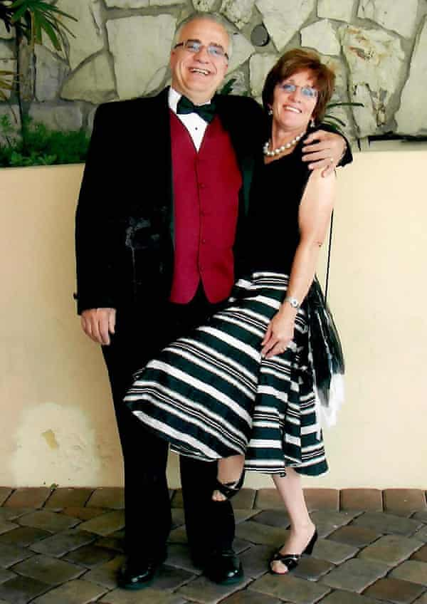 Nunzio and Maureen Gambale  off to a wedding in LA 2006