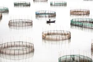 Coastal geometries Circles. All photographs: Tugo Cheng