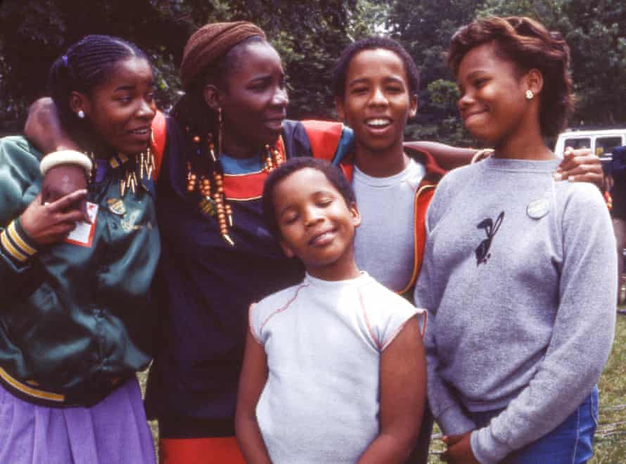 Rita Marley and her children (Cedella on the right) in Central Park, New York, 1982.