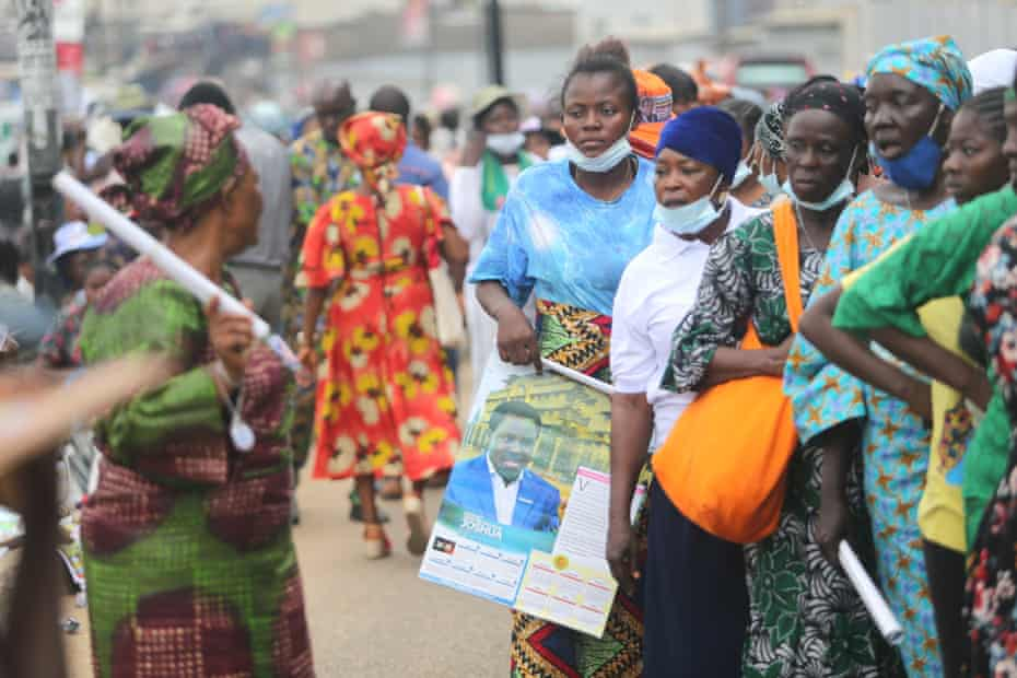 Mourners queue to pay their last respects to TB Joshua in Lagos, Nigeria, in July 2021