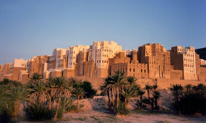 Manhattan of the desert': civil war puts Yemen's ancient skyscrapers at  risk | Cities | The Guardian