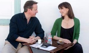 大卫和萨曼莎卡梅伦在2014年4月在兰萨罗特岛度假