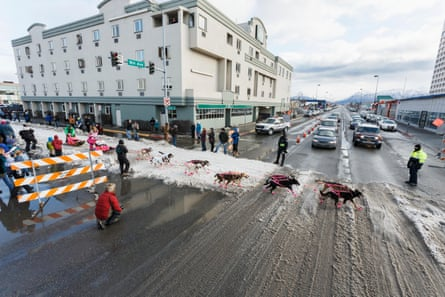 The ceremonial start of the course in Anchorage, Alaska, had to be shortened due to lack of snow.