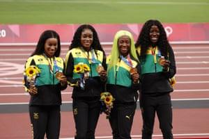 jamaica tracksuits