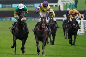 Richard Patrick and Happy Diva (right) fight off the challenge of Barry Geraghty and Brelan D'As.