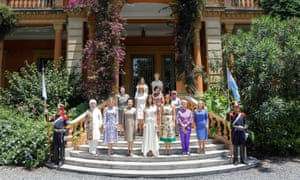 The partners of 13 of the G20 leaders stop for a photo at the Villa Ocampo museum in Buenos Aires. Front row, L to R: Emine Erdogan, Turkey; Sophie Gregoire Trudeau, Canada; Peng Liyuan, China; Juliana Awada, Argentina; Melania Trump, United States of America; Ho Ching, Singapore and Malgorzata Tusk, partner of the European Council's president. Middle row, L to R: Kim Jung-sook, South Korea; Brigitte Macron, France; Akie Abe, Japan and Mufidah Jusuf Kalla, Indonesia. Back row, L to R: the partners of the presidents of the IDB and the FSB, Maria Gabriela Sigala and Diana Carney