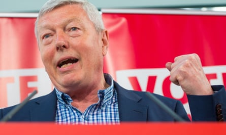 Alan Johnson speaks during a Labour party Vote Remain event
