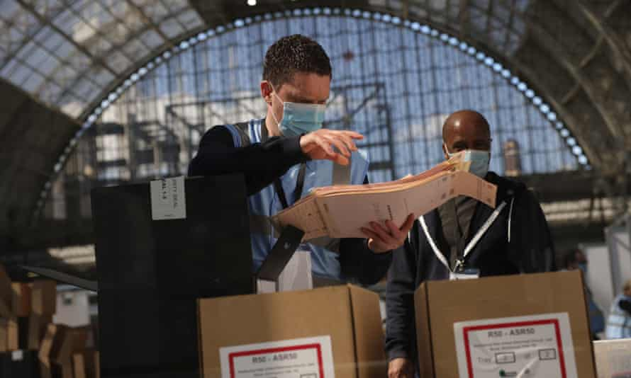 Votes for the London mayoral election being counted at Olympia, London, 7 May.