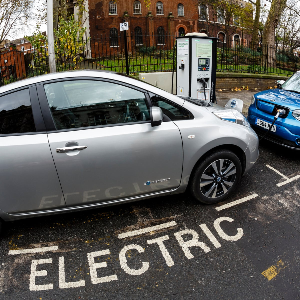 Electric Cars You Can Now Find Used Deals For Less Than 7 000 Motoring The Guardian