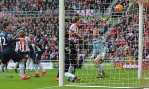 Jones scores Sunderland's second.