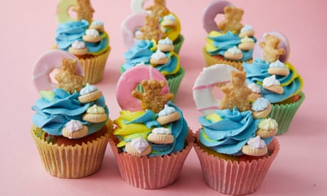 Kim-Joy's recipe for psychedelic marble cupcakes