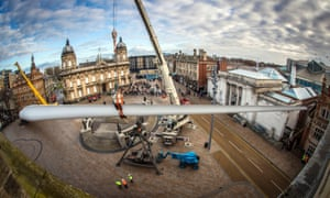 A 75-metre-long wind turbine blade, commissioned from Nayan Kulkarni and created at the Siemens factory in Hull, is installed at Queen Victoria Square.