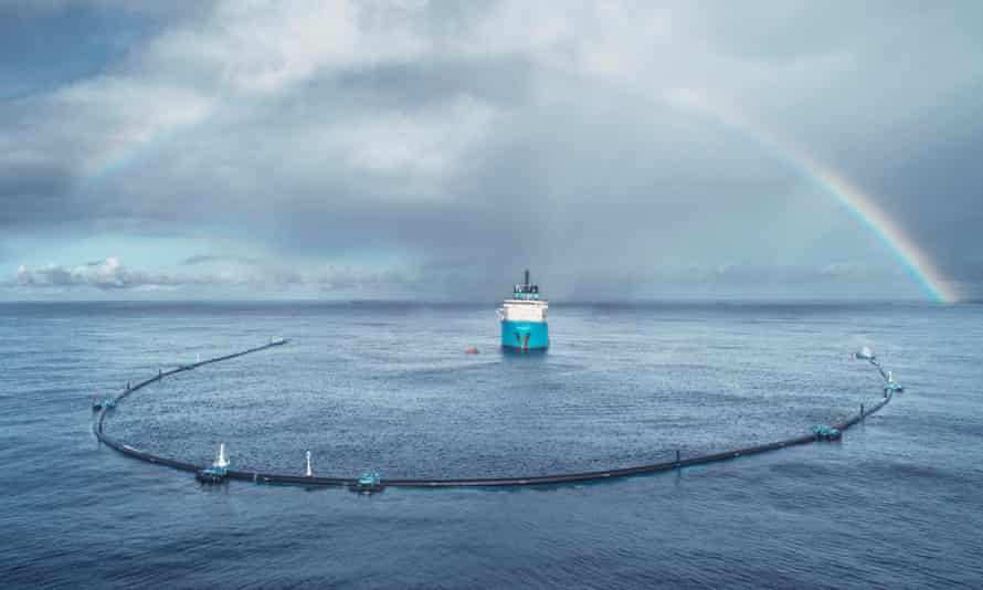 The Ocean Cleanup System 001 during testing in the Great Pacific Garbage Patch, October 2018