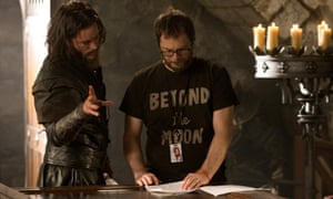 Travis Fimmel and Duncan Jones in the set of Warcraft: The Beginning.