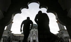 Malaysian Muslims pray to celebrate the holy month of Ramadan