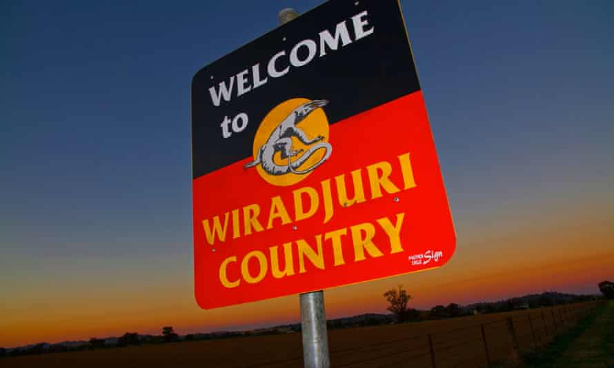 A sign saying 'Welcome to Wiradjuri country'