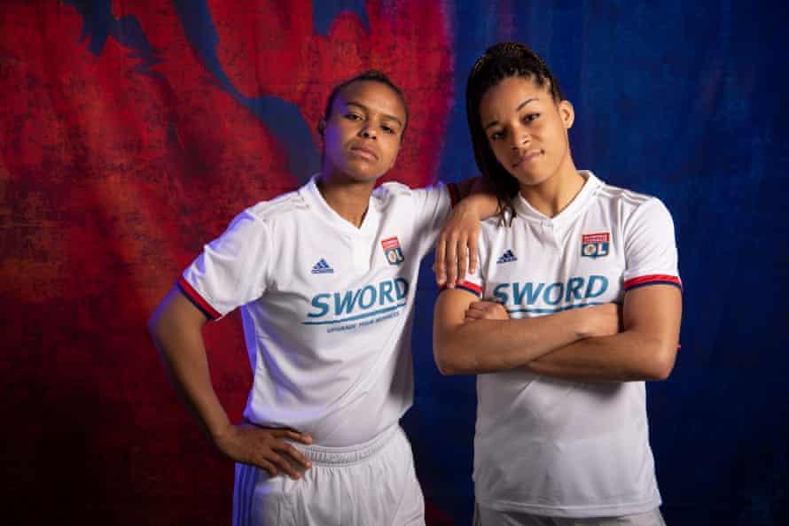 Lyon's Nikita Parris and Jessica Silva