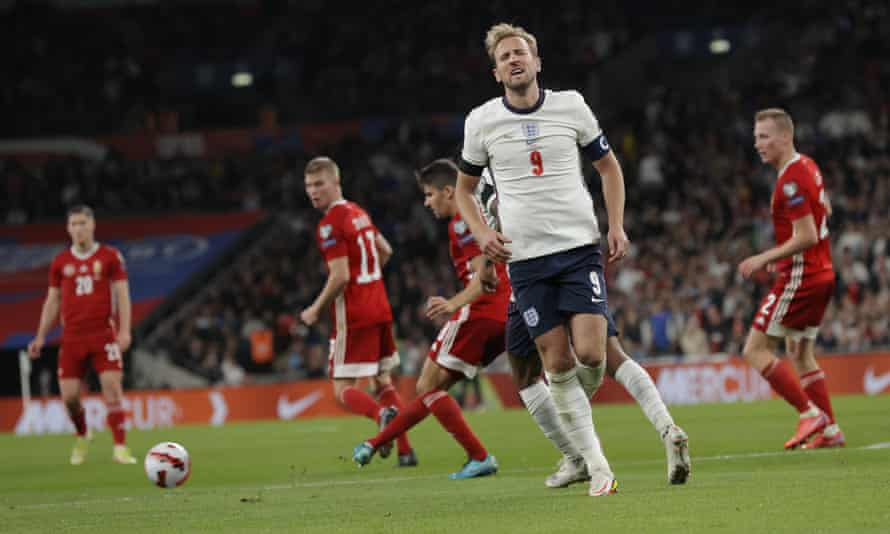 England v Hungary - 2022 FIFA World Cup qualifier Harry Kane during the 2022 FIFA World Cup qualifier between England and Hungary at Wembley Stadium on October 12th 2021 in London, England (Photo by Tom Jenkins)