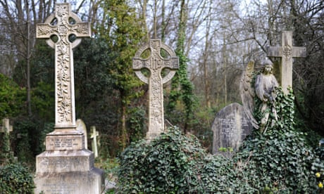Plan to reuse graves as Highgate cemetery runs out of space