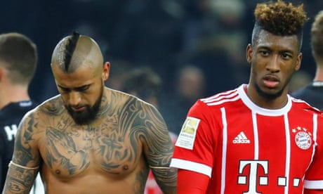 Euro roundup: Gladbach beat Bayern and Dortmund blow four-goal lead