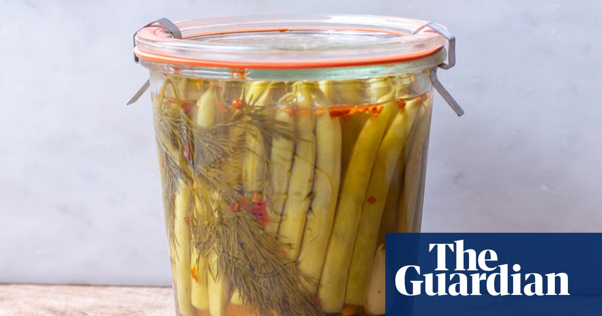 Pickle green beans and enjoy them long after summer – recipe