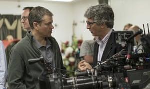Alexander Payne and Matt Damon on the set of Downsizing