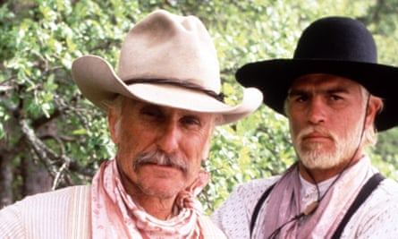 Robert Duvall (left) and Tommy Lee Jones in Lonesome Dove (1989).
